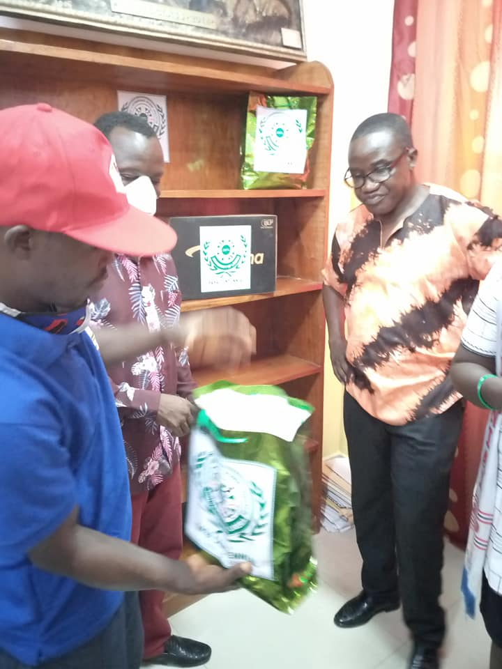 Isaac Saywon Presenting the Donations4